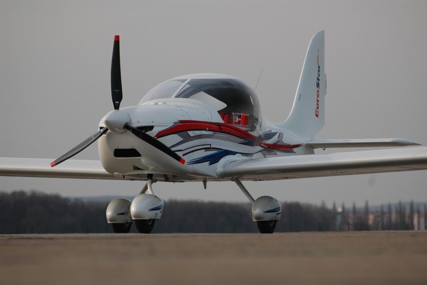 Letadla na letišti Brno Tuřany a05c25fd99
